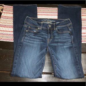 American Eagle Sz 2 kick bootcut jeans